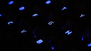 夜間の学校社会人向けオンラインプログラミングスクール